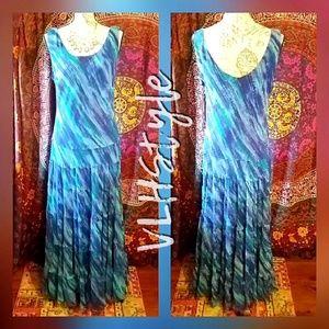 Beautiful Flowing Watercolor Maxi Dress